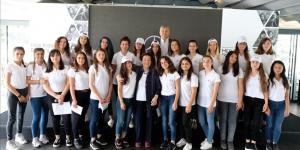 """Mercedes-Benz Türk'den Geleceğe """"Yıldız Kızlar"""""""