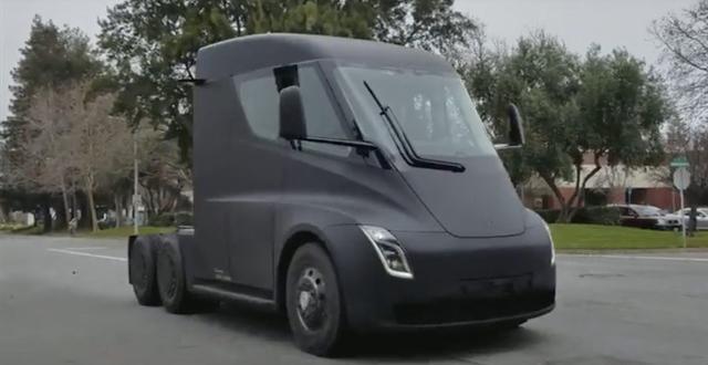 Tesla Semi Test Sürüşlerinde