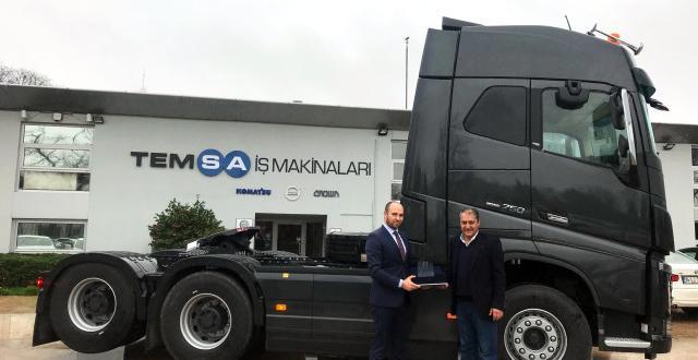 Güçlü Vinç'e Tandem Akslı Volvo Trucks